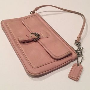 COACH pale pink leather silver wristlet/mini bag